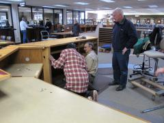 Dismantel Ref Desk